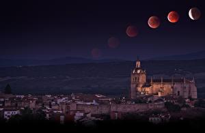 Фотографии Испания Дома Храмы Ночные Луна Coria Extremadura Города