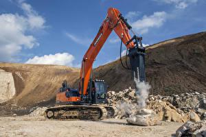 Фотографии Камень Оранжевый 2015-17 Doosan DX300LC-5 Crawler Excavator