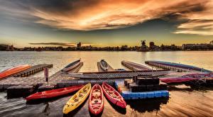 Фотографии Тайвань Речка Причалы Лодки Рассветы и закаты Kaohsiung Природа