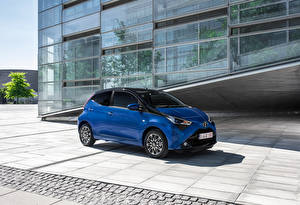 Картинка Toyota Синий 2018 Aygo 5-door Worldwide Авто