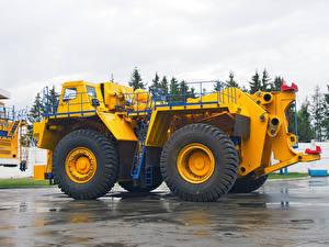 Обои Грузовики Желтый BelAZ-74306 Авто