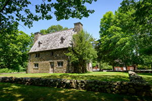 Фото США Здания Музей Деревья Henry Whitfield House Города