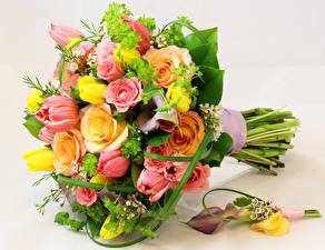 Картинки Букеты Розы Каллы Тюльпаны