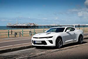 Фотографии Chevrolet Белый Camaro Автомобили