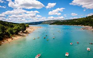 Обои Франция Побережье Катера Речка Пляж Var Provence Природа