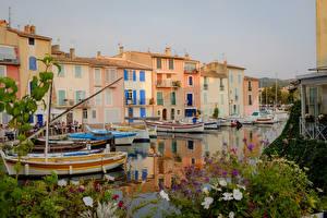 Фотография Франция Здания Пирсы Лодки Водный канал Martigues Города