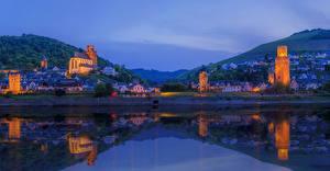 Картинки Германия Здания Реки Вечер Храмы Холмы Oberwesel Города