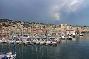 Обои Италия Дома Причалы Парусные Яхта Залив Genova Города