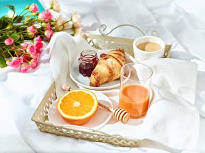 Фотография Сок Джем Апельсин Круассан Кофе Завтрак Стакан Банка Чашка Продукты питания