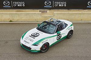 Фотография Mazda Тюнинг Белая Кабриолета 2015-17 MX-5 Cup машина