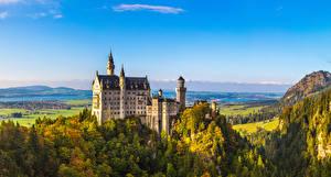 Фото Нойшванштайн Германия Замки Леса Бавария город