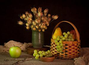 Фотографии Натюрморт Виноград Яблоки Груши Букеты Корзина Ваза Пища