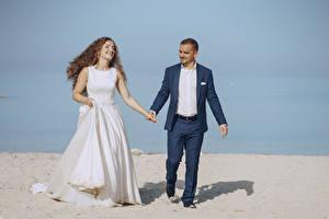 Фото Двое Свадьба Невеста Жених Брюнетка Радость
