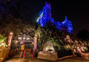 Картинки Штаты Диснейленд Парки Здания Калифорния Анахайм Дизайн Ночные Ворота Уличные фонари Города