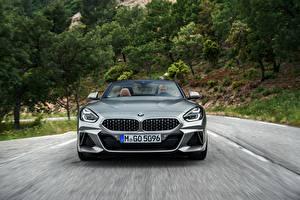 Фото BMW Спереди Родстер Едущий Z4 M40i 2019 G29 Авто
