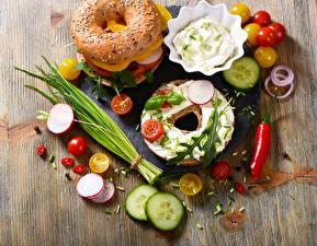 Картинки Булочки Сэндвич Овощи Томаты
