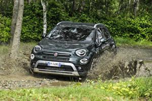 Фотография Fiat Зеленый Металлик Грязь 2018 500X Cross Автомобили