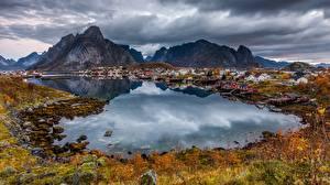 Картинка Горы Побережье Норвегия Лофотенские острова Залив Города Природа