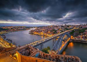 Обои Порту Португалия Дома Речка Мост Вечер Пристань HDR Города