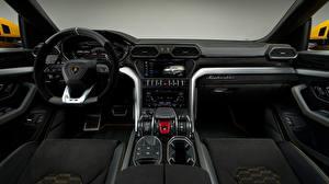 Картинка Салоны Lamborghini Автомобильный руль 2018 Urus