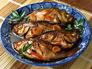 Картинка Морепродукты Рыба Тарелка Пища