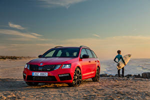 Фото Skoda Красный Металлик 2017 Octavia RS 245 Combi Worldwide Автомобили