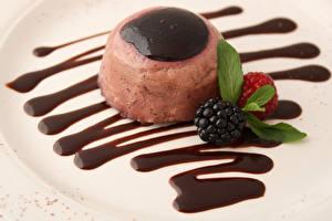 Фотографии Сладости Мороженое Ежевика Шоколад