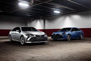 Обои Toyota Двое Avalon Limited Hybrid and Avalon XSE Автомобили