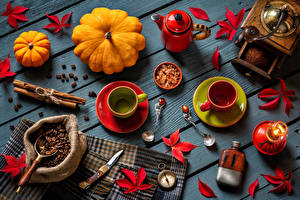 Картинки Кофе Корица Тыква Свечи Доски Зерна Чашка Листья Ложка Пища