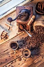 Фото Кофе Корица Бадьян звезда аниса Кофемолка Доски Двое Чашка Зерна Дети