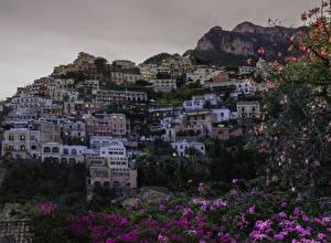 Картинка Италия Позитано Здания Вечер Утес Salerno Города