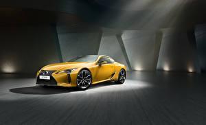 Картинки Лексус Желтый Металлик 2018 LC 500h  Yellow Edition Автомобили