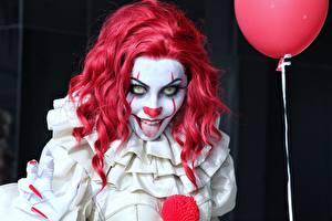 Фотография Клоуна Страшные Рыжие Косплей Взгляд Pennywise молодые женщины
