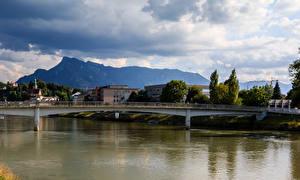 Фото Зальцбург Австрия Здания Речка Мосты Города