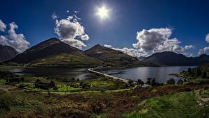Обои Шотландия Горы Озеро Дороги Вечер Пейзаж Облака Солнце Carn Gorm Природа