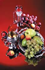 Картинка Натюрморт Виноград Яблоки Груши Абрикос Кувшины Бокал Еда