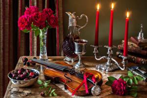 Картинка Натюрморт Розы Скрипки Свечи Вишня Вино Часы Вазе Бокалы Кувшины Пища Цветы