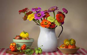 Фотографии Натюрморт Майоры Томаты Ваза Цветы Еда