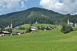 Фотография Австрия Горы Леса Луга Здания Альп Природа
