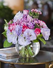Фотографии Букеты Роза Лизантус Гортензия Ваза цветок
