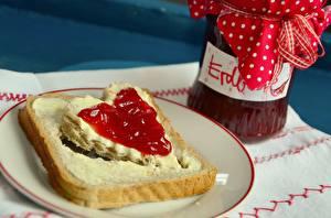 Обои Хлеб Повидло Бутерброды Масло Банка Сердечко Пища