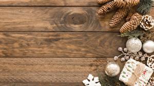 Обои Рождество Шишки Доски Шар Шаблон поздравительной открытки