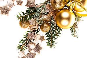 Картинки Рождество Белый фон Ветвь Шар Звездочки