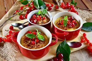 Фотографии Смородина Десерт Листва Еда