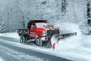 Картинка International Грузовики Красная Снег Едет 2018 CV Day Cab Snow Plow автомобиль