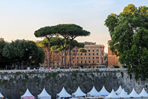 Картинка Италия Рим Замки Деревья Castel Sant Angelo
