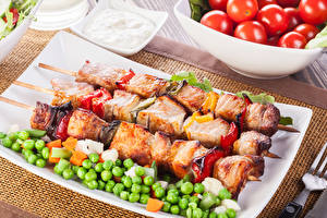 Картинки Мясные продукты Шашлык Горох Пища