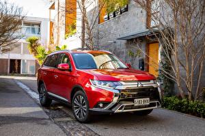 Фото Mitsubishi Красный Металлик Кроссовер 2018 Outlander Exceed Автомобили