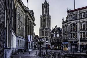 Картинки Нидерланды Здания Улица Велосипед Utrecht