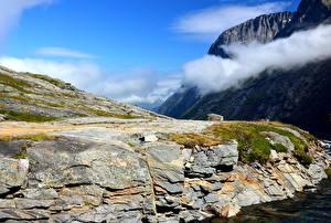 Фото Норвегия Горы Скала Облака